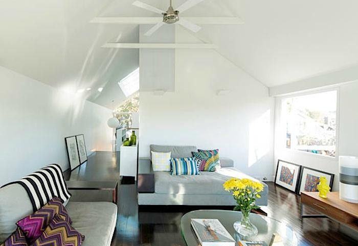 700_elliott-ripper-house-family-room