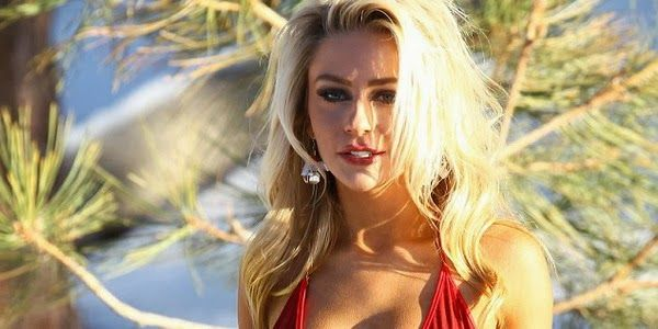 Courtney Stodden and Doug Hutchinson marriage ended last week. Shortly after the divorce, 19-year-old actress immediately got an offer from porn company, Vivid Entertainment.