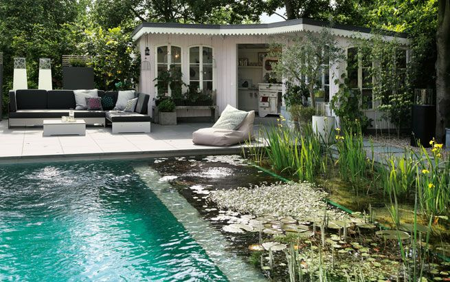 schwimmteich anlegen im garten berlauf biopool pools. Black Bedroom Furniture Sets. Home Design Ideas