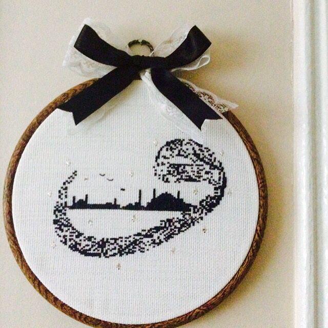 İstanbul ve vav harfinin muhteşem uyumu Kasnak pano  Etamin