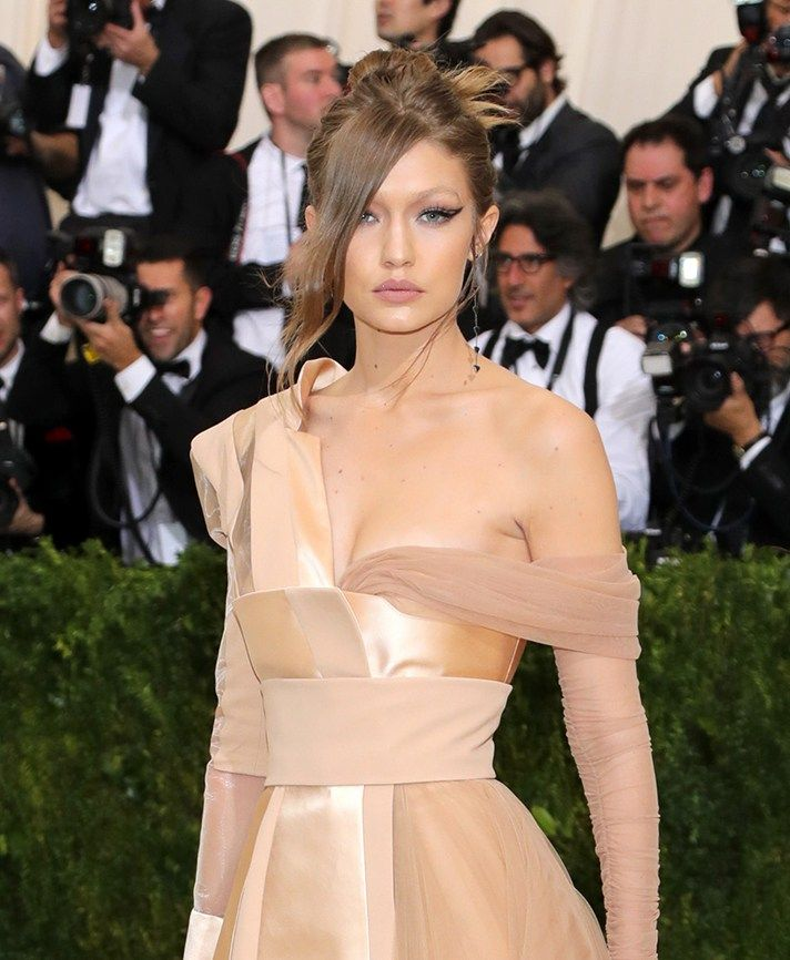 The Best and Weirdest 2017 Met Gala Beauty Looks | StyleCaster