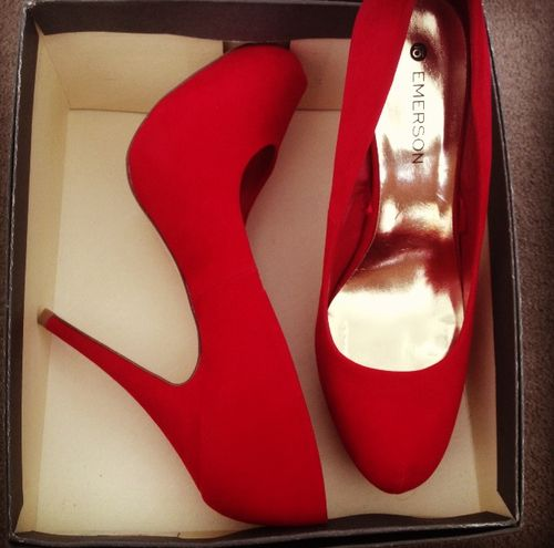 Every girl should have a pair of red pumps...these are probably the sexiest shoes I have ever laid eyes on...I MUST HAVE THESE.