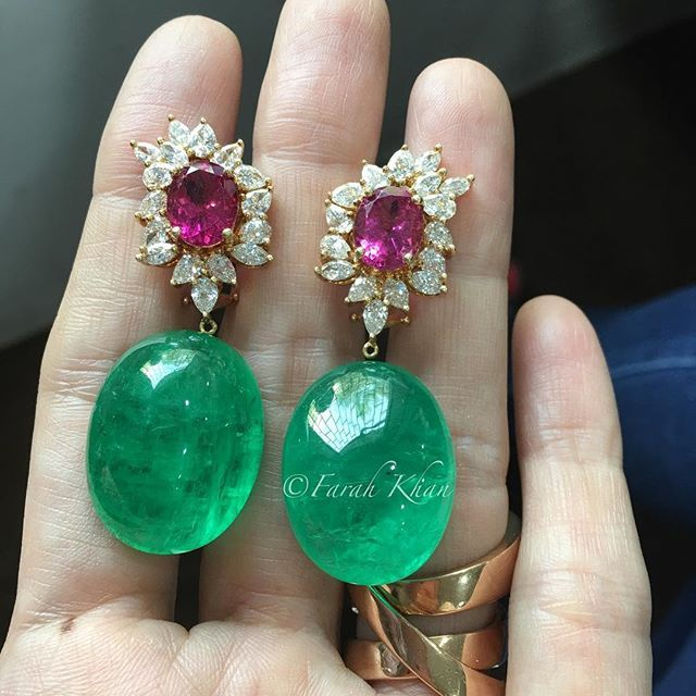 Work in progress. Stunning Colombian Emerald Cabochons with Rubelites and diamonds @farahkhanfinejewellery #farahkhanfinejewellery #fkfj #fkfjdesign #farahkhanali
