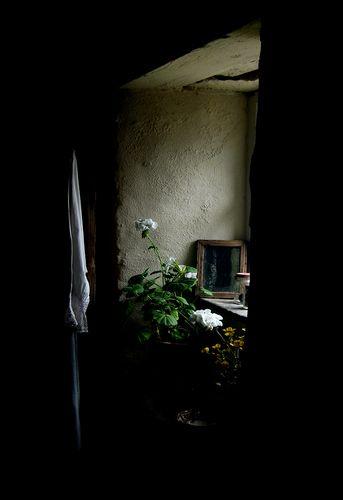 Window: Inspiration, Tah Window, Soft Lights, Dark Moody, Dark Side, Photography Art, Life Photography, Colors Blend, Heavens