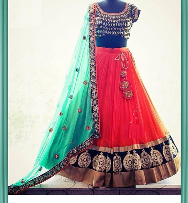 @vaarifashion inbox for details and order £55 #saree #sari #uk #usa #spain #fashion #indianwear #indianoutfit #indianwedding #asianbride #asianfashion #asianwedding #lehenga #lengha #anarkali #picoftheday #vaari #bridal #bridesmaid #bridesmaids #funky #custommade #desi #desibride #desicouture #bollywood #lengha #lehenga #lenghacholi #choli