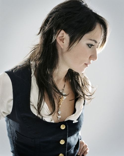 The wonderful, one and only, KT Tunstall. Love and all the fan-centric wonderfulness that comes with it.