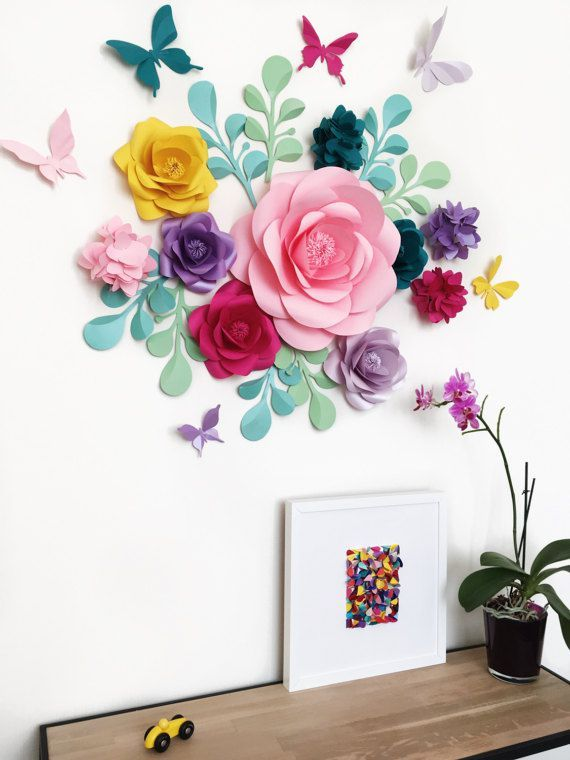 918 best flores de papel images on pinterest birthdays for Decorar pared con papel