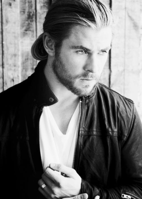 Chris Hemsworth - All others on this board pale in comparison - fact!