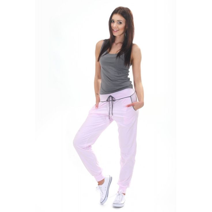 Dresowe spodnie damskie w odcieniach ecru