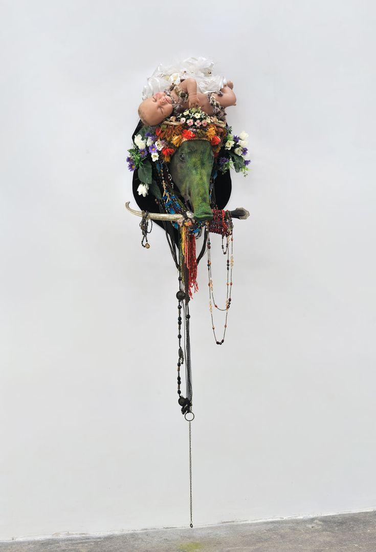 Benoit Huot - Nativité - 2012 - Mixed media - 170 x 55 x 40 cm www.evahober.com