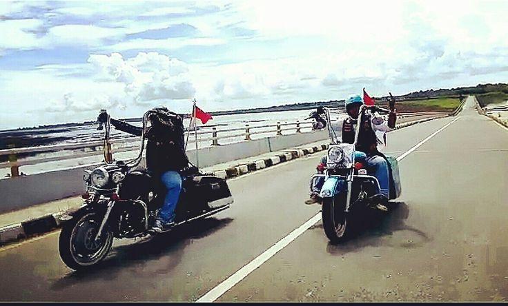 Riding until die  #dirgahayuindonesia #indonesia #karasmc #motorcycleclub #patch #onepercenter #sayaindonesia #suryanationmotorland #nkri #riderindonesia #ride #bigbike #rider #badass #onepercenter #outlaws