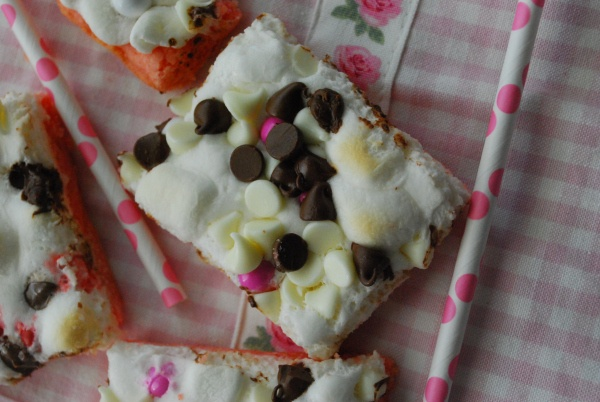 gooey neopolitan bars | Yummy in my Tummy | Pinterest