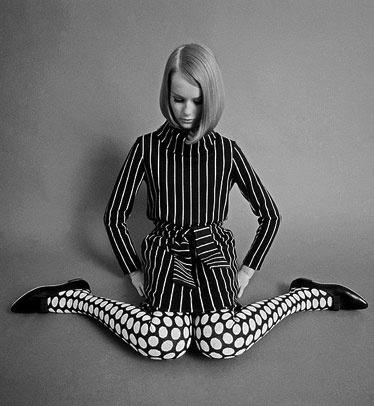 60s Fashion Stripes Polka Dots Patterns Bob Black Ad White 60s Pinterest