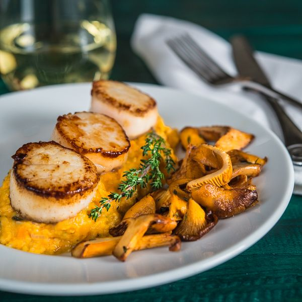 Seared Scallops with Sweet Potato Grits and Chanterelle Mushrooms | Southern Boy Dishes