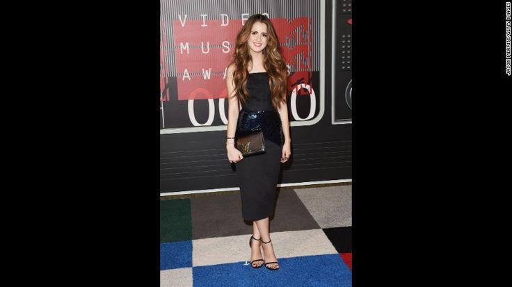 BRAVO | Fashion | MTV Video Music Awards 2015: Cum au arătat vedetele pe covorul roșu?