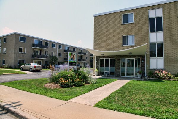 Sarnia Apartments for Rent – Apartments & House Rentals at 233 Capel, to book a viewing, please call us at 519-704-1384 or email us at sarnia@clvgroup.com.