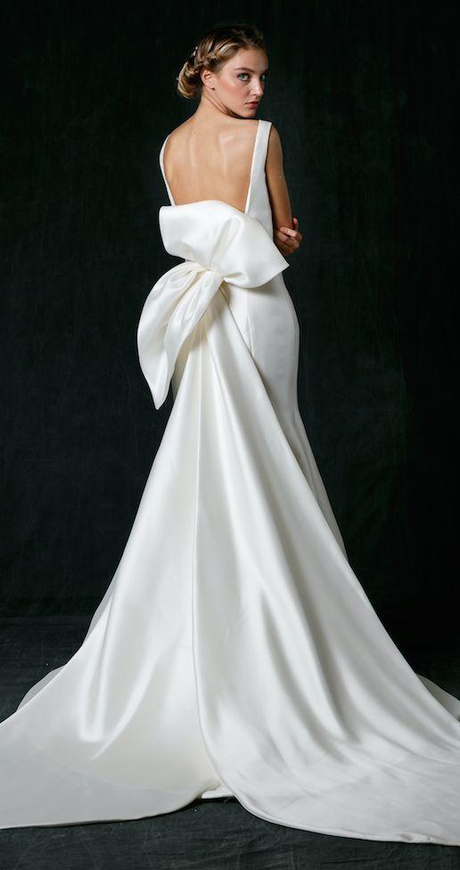 Dramatic Back Wedding Dresses