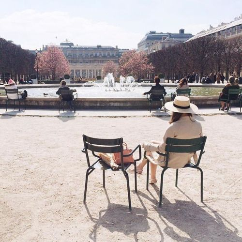 20 Ways to Live Like a Parisienne