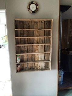 DIY pallet spice rack, affordable and easy | Do It Yourself