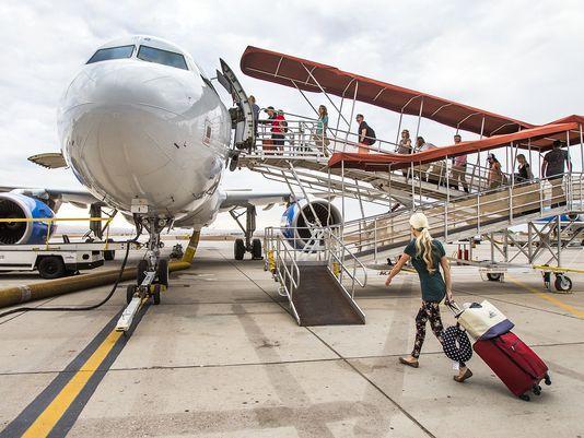 Allegiant Air raises baggage fees