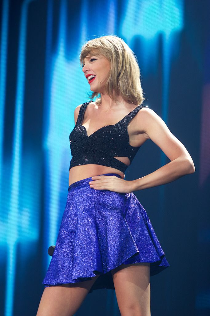 Taylor performing New Romantics during the 1989 World Tour in Denver night one 9.5.15