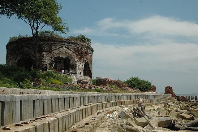 Benteng Martello di Pulau Kelor