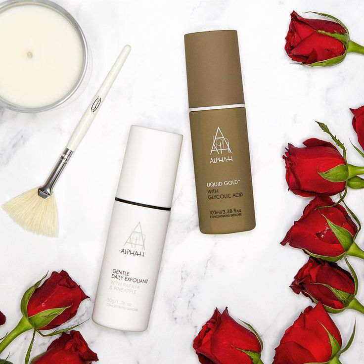 LIQUID GOLD LOVE AFFAIR | TIP: Mix together your Gentle Daily Exfoliant with a few drops of Liquid Gold for an extra exfoliation boost! ✨ #LiquidGoldLoveAffair #LiquidGold #Roses #Love