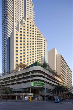 Cheap hotel deal: Holiday Inn Bangkok Silom in just $45 @ hotels2stay.net