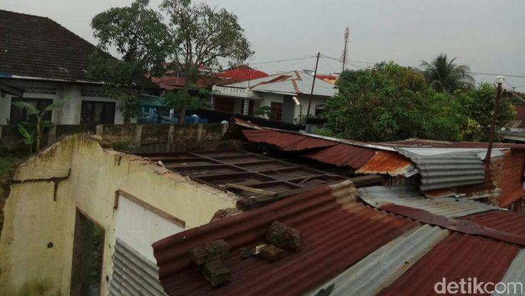 Diterjang Puting Beliung, 9 Rumah di Medan Rusak