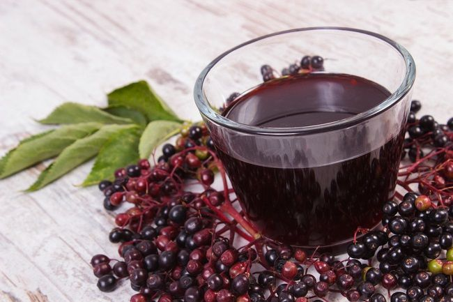 Baza: Recept na lahodný likér a džús proti chrípke a prechladnutiu