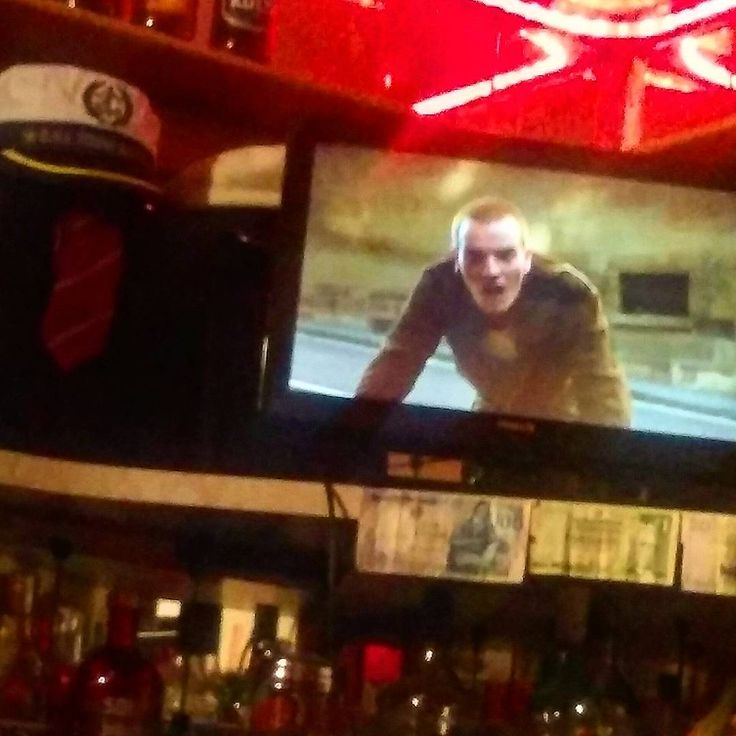 ...choose life!...choose saturday night in with Renton and friends on dvd!! #chooselife #movies #trainspotting #ewanmcgregor #tv #dvd #sickboy #renton #dannyboyle #filmnight #junkies #markrenton #instamovie #1996 #bornslippy #drugs #retro #greatmovie #begbie #trainspotting2 #filmoftheday #iggypop #lustforlife #scottish #edinburgh #britpop #spud #instatrainspotting #robertcarlyle #pulp