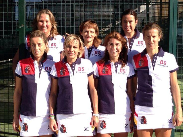 ¡Campeonas de España de Veteranas 2013! Felicidades @Monixpadel @eva gayoso Eva Falquès, Carolina Garzo, Olga Paricio, Natalie Freixas, Maria Wakonig!