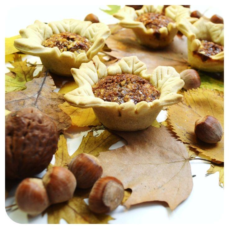 mini walnut and chestnut pie