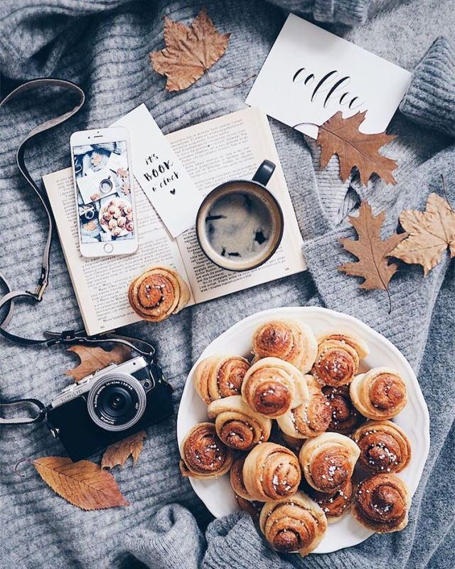 fall and autumn aesthetic | cinnamon rolls, book, leaves, Olympus camera, tea