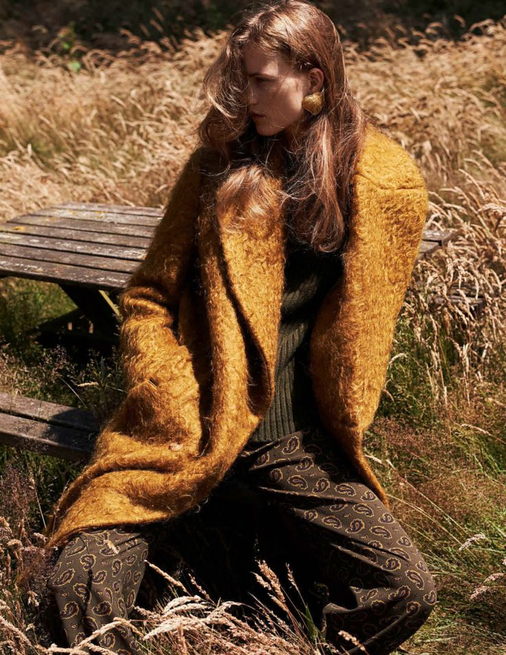 Julie Hoomans by Paul Bellaart for Vogue Netherlands October 2015 | @andwhatelse