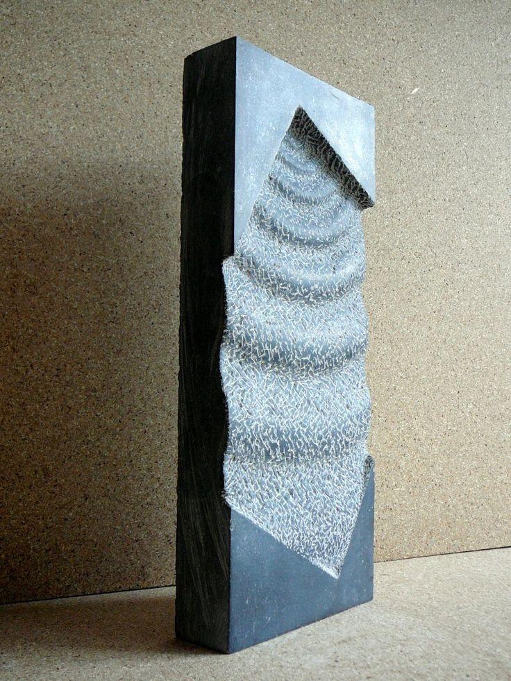 Rimpeling 2006, Belgisch hardsteen (38x20x6) Verkocht.
