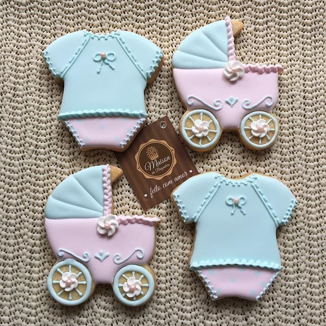 ✨ Biscoitos para Chá de Bebê :) ✨ Para informações: contato@maisondubrigadeiro.com