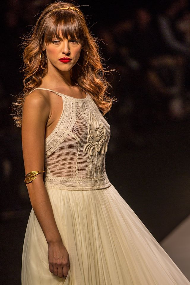 "mod ""Antheia"" fashion show,  vintage wedding dress, boho wedding dress, VG Ζolotas, Atelier Zolotas, Handmade wedding dress, women fashion, bridal fashion, bride, headpiece, jewelry, headband"