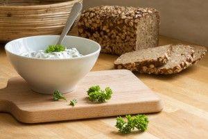 Творожный соус дип с зеленью и чесноком - Рецепты. Кулинарные рецепты блюд с фото - рецепты салатов, первые и вторые блюда, рецепты выпечки, десерты и закуски - IVONA - bigmir)net - IVONA bigmir)net