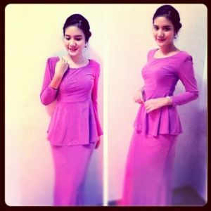 Model baju kurung trendy