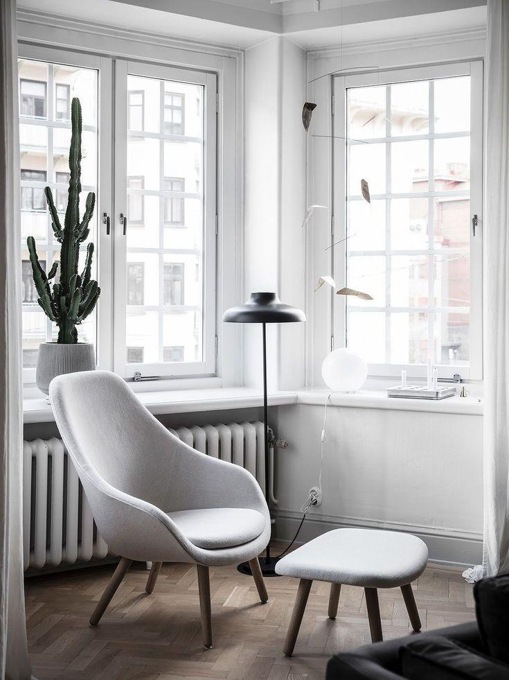 ... Einrichten Weiß Schwarz Kaktus Zimmerpflanze Ohntrend Stehleuchte  Wohnideen Wohninspiration Interieur Interior Design Wohnen Einrichten  Dekorieren