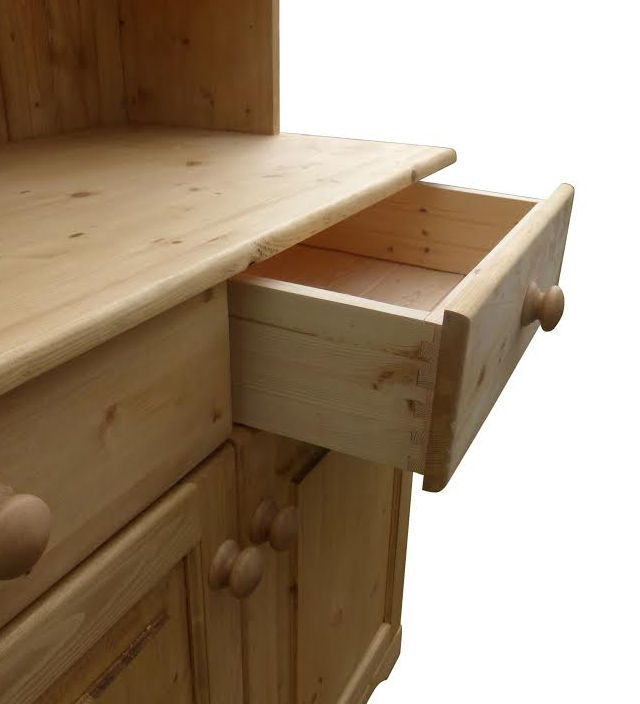 Traditional dovetail joints