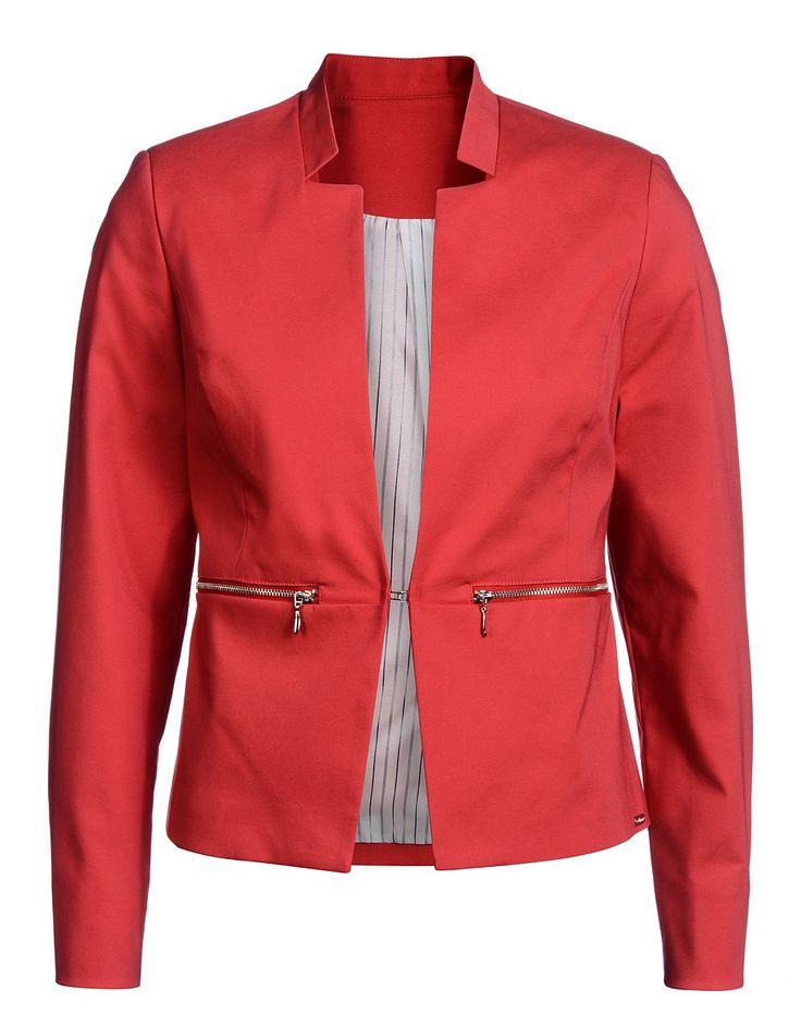 die besten 25 roter blazer ideen auf pinterest rotes blazer outfit leoparden shirt und. Black Bedroom Furniture Sets. Home Design Ideas