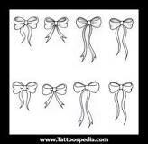 small bow tatoo - Buscar con Google