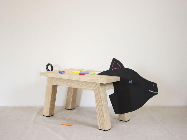 Pigi stool made by Matela Original Furniture
