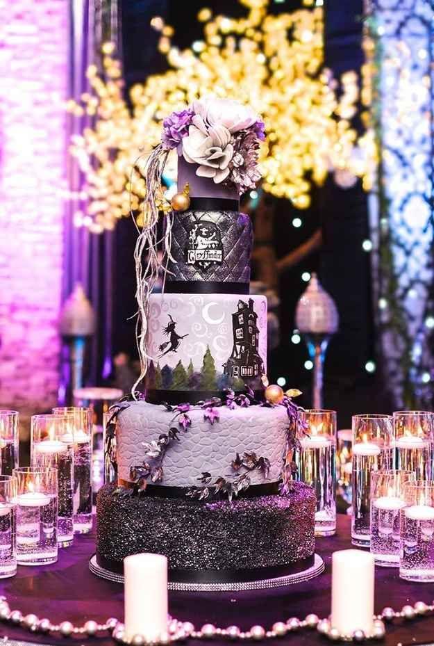Harry Potter | 19 Spectacularly Nerdy Wedding Cakes: