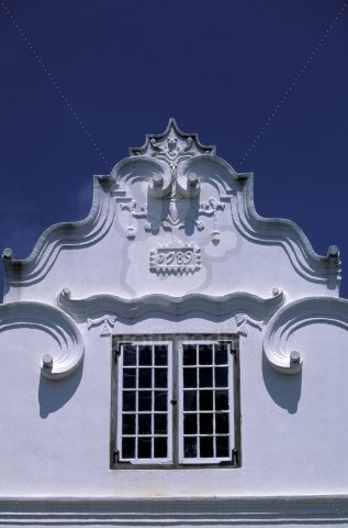 because Cape Dutch is such an amazingly beautiful building style with the bright white, but small and elegant buildings.