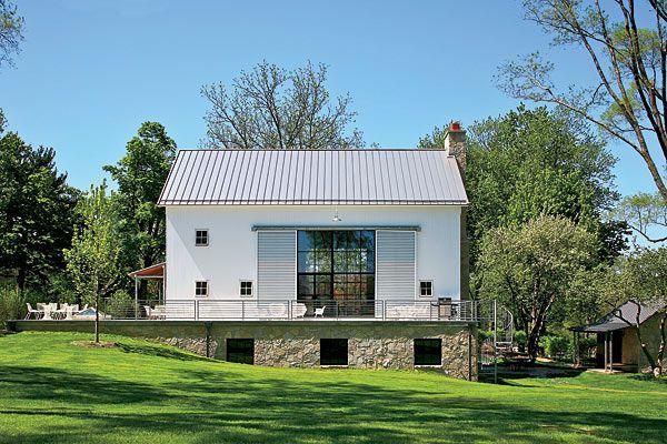 Modernized Barn House // Chicago Home + Garden