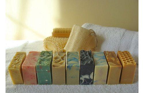 Φυτικά Σαπούνια Από την παρασκευή στην κατανάλωση… Σταυρούλα Παυλοπούλου Αρχιτέκτονας Τοπίου Msc.
