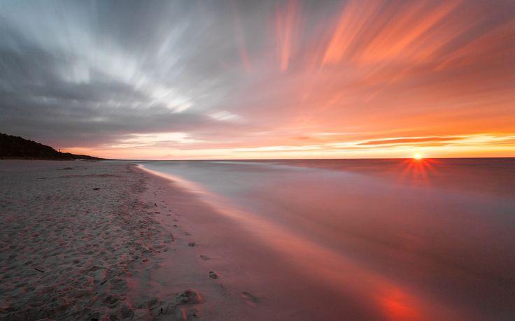 Baltic sunset 2 by Daniel Ciesielski on 500px
